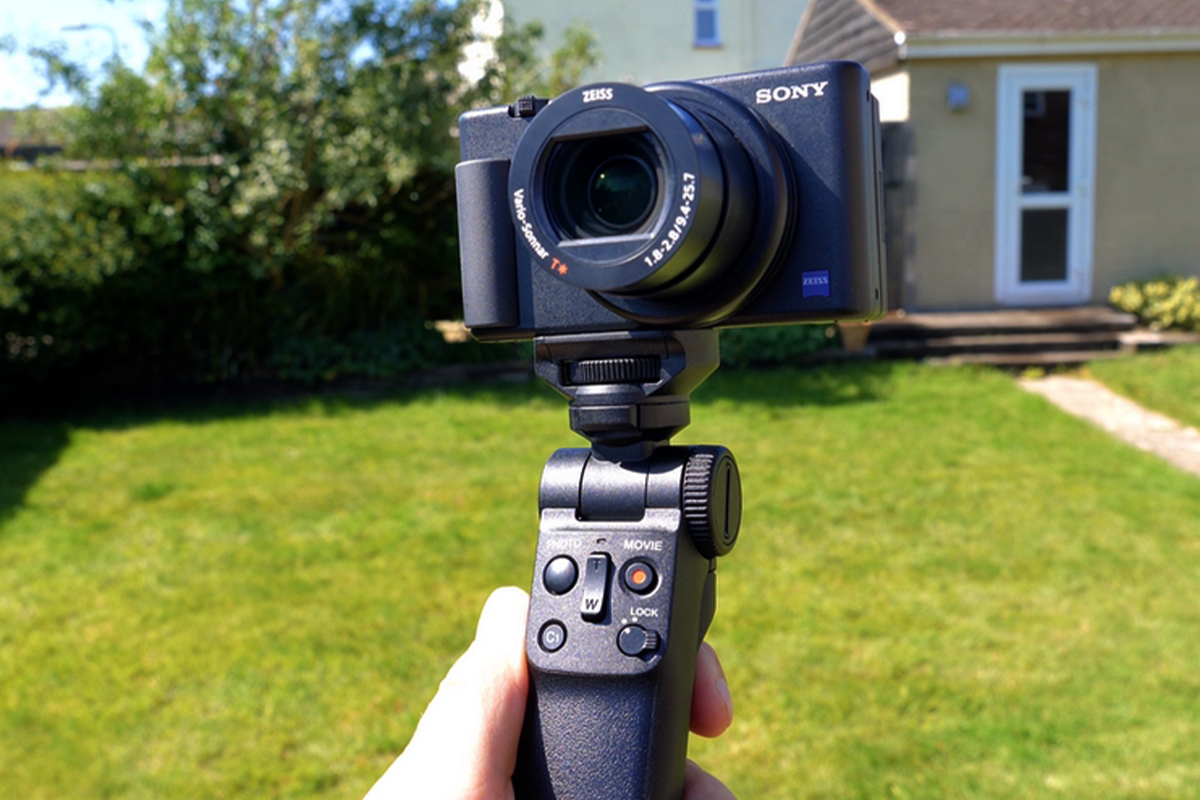 SONY VLOG CAMERA ZV-1 | FIRST LOOK IN LOCKDOWN
