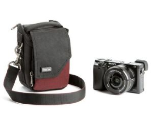 Think Tank Photo Mirrorless Mover 5 Deep Red