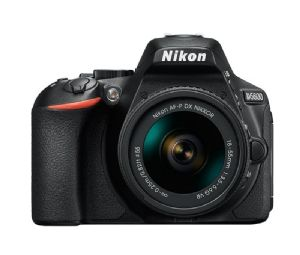 Nikon D5600 +18-55mm f/3.5-5.6 VR AF-P Zoom- Ex Display