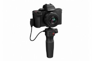 Panasonic Lumix G100 + 12-32mm + DMW-SHGR1 Tripod Grip