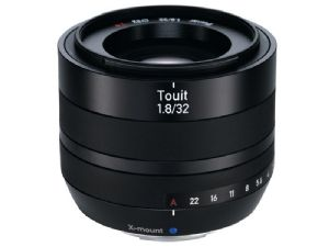 Zeiss Touit 32mm F1.8 - Fuji X-Mount
