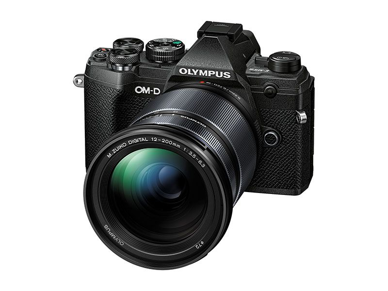 Olympus OM-D E-M5 MKIII + 12-200mm Kit Black